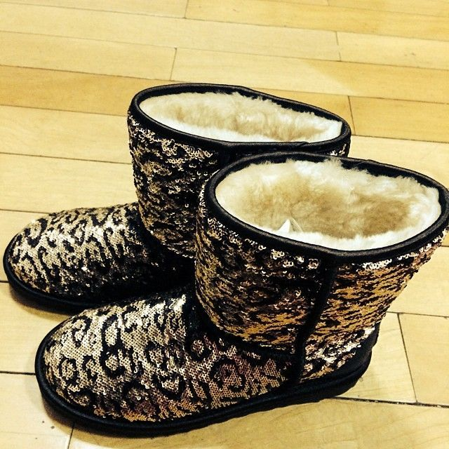 Website For Discount UGG Boots! Super Cute! Check It Out!All free shipping!!! http://topsnow-boots.blogspot.com/ $90 cheap ugg boots,winter fashion shoes ...