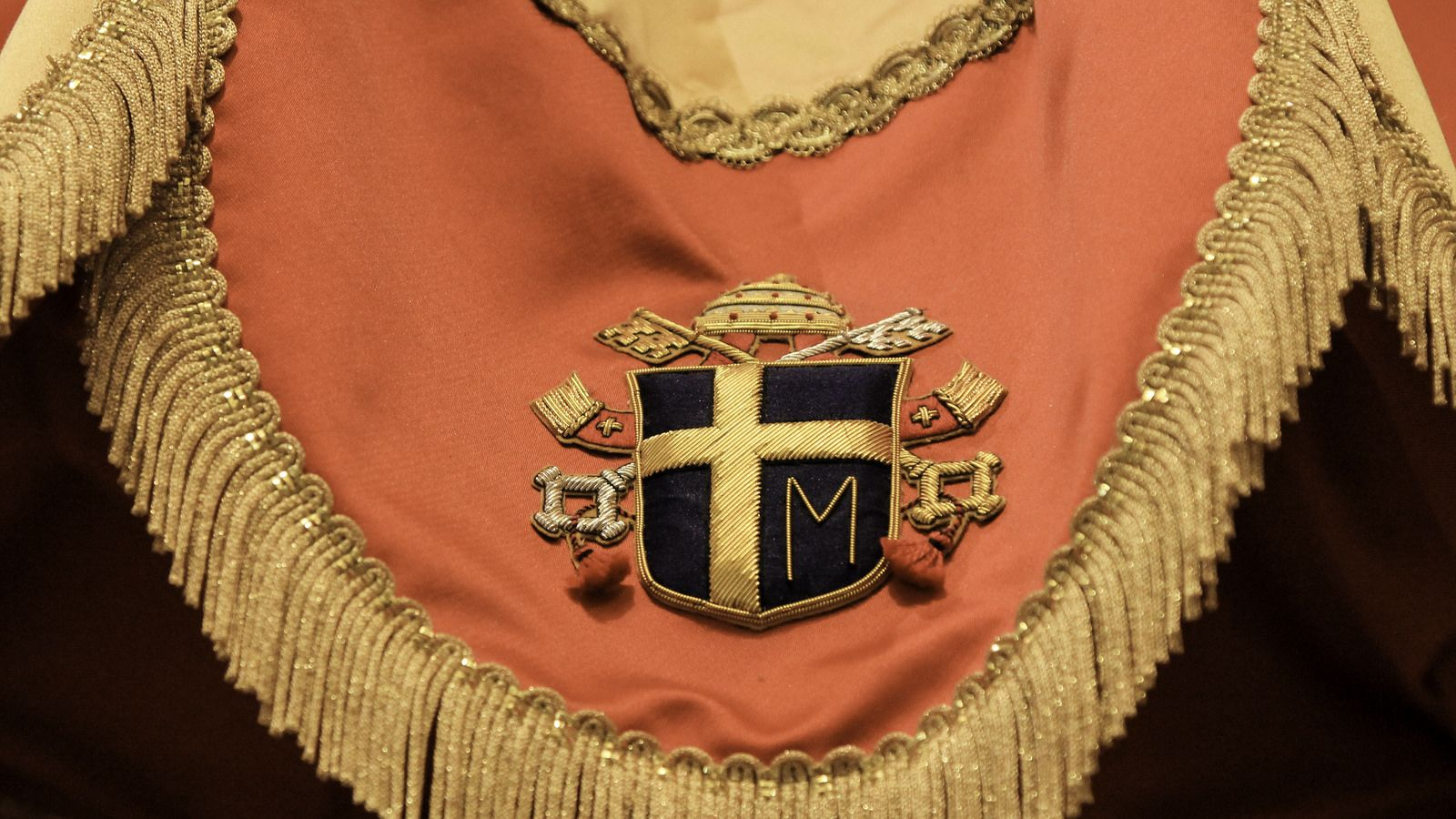 Arms of pope st john paul ii immaculate conception conception and arms of pope st john paul ii the heraldic arms of pope st john paul ii embroidered on the papal ombrellino a symbol of a minor basilica buycottarizona Choice Image