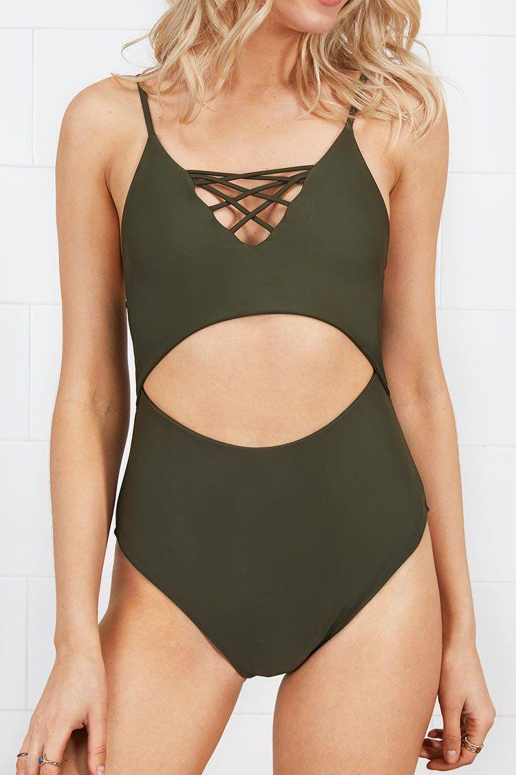 Jolie myatt in a one piece swimsuit — pic 8