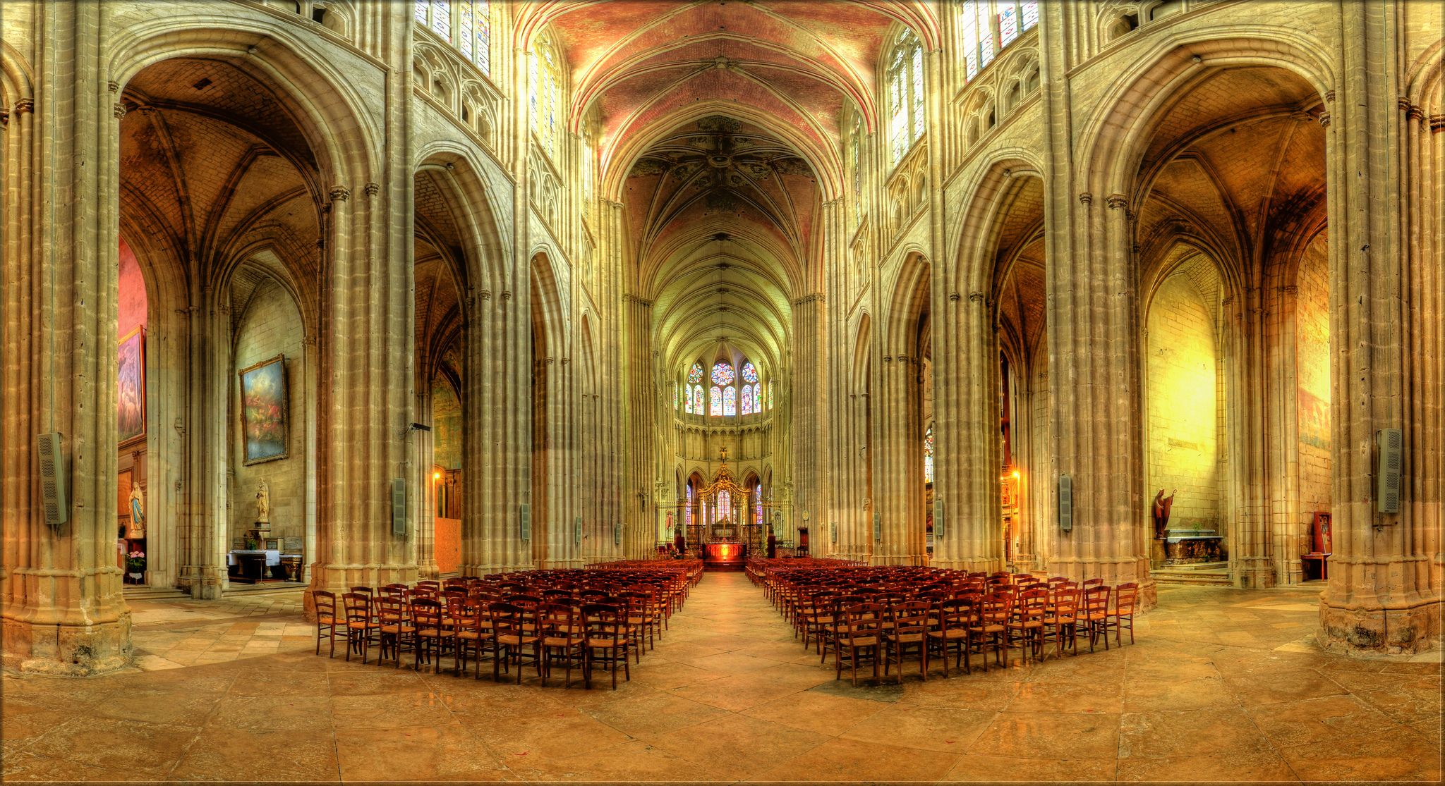 St. Etienne Cathedral, Auxerre Cathedral, Panorama