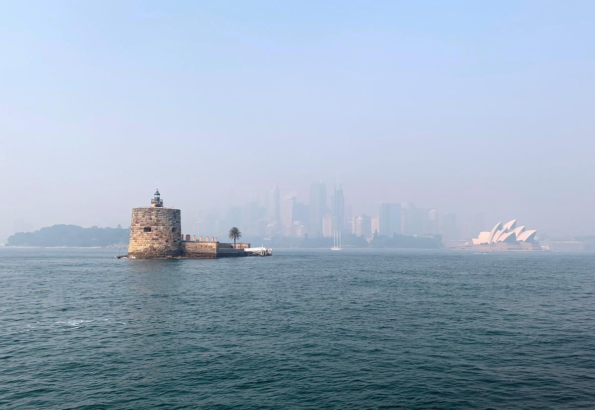 Australia bushfire smoke shoots Sydney into top 10 global