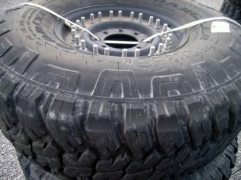 4ea Goodyear, Wrangler mt/r, Hummer / HMMWV Tires with rims