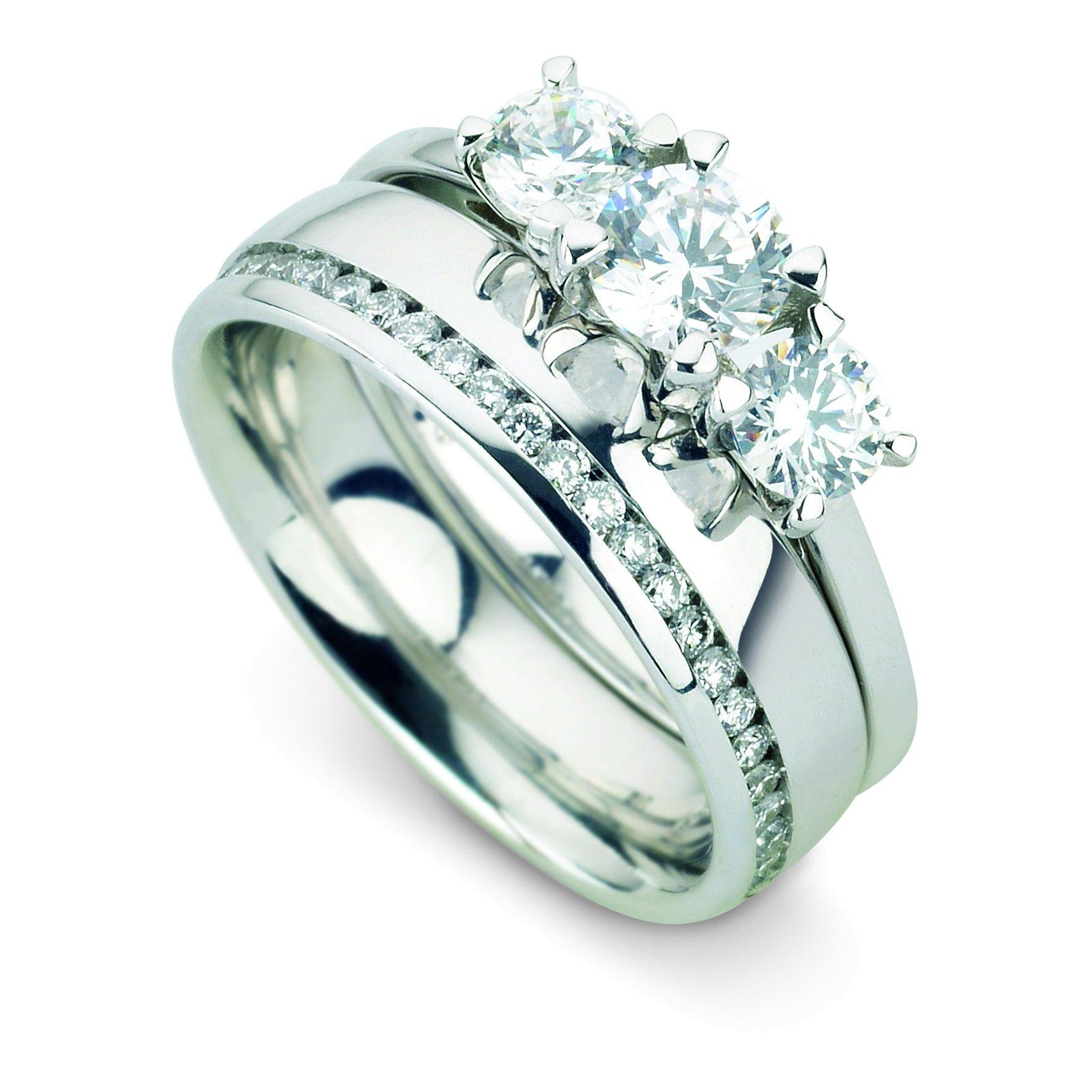 LYRA fset Round cut Full Diamond Eternity Band