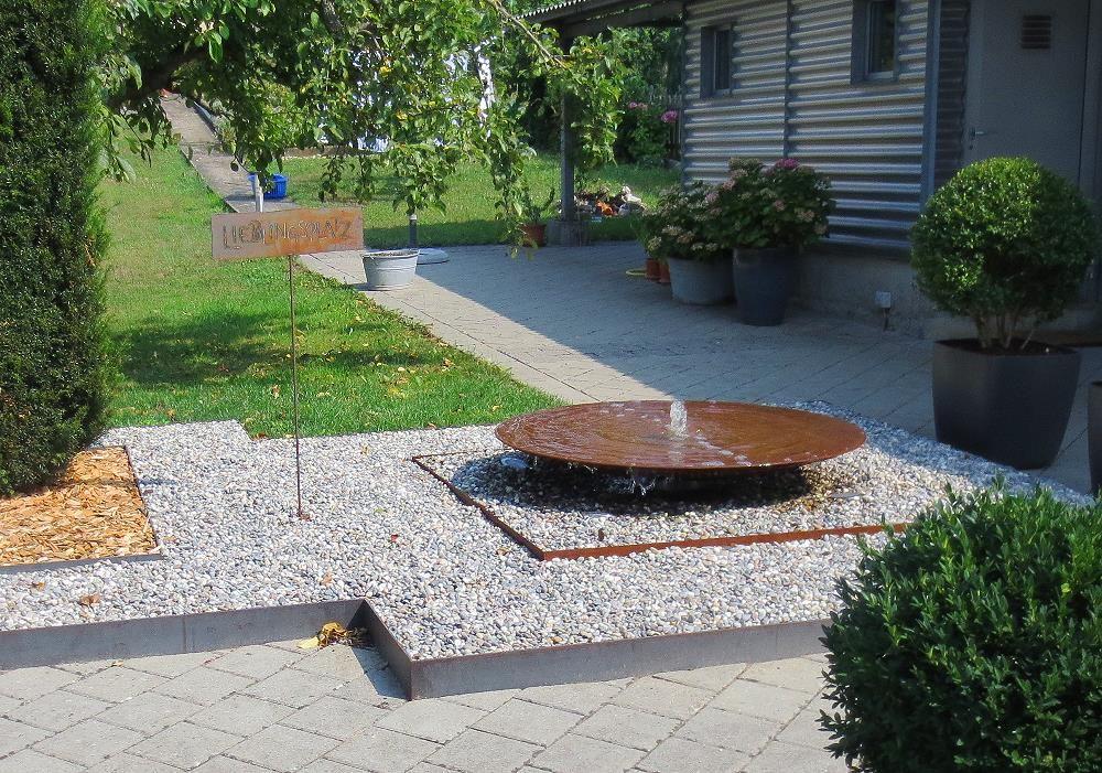 Wasserschalen aus Cortenstahl und Edelstahl