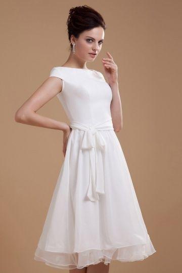 Chiffon wedding dress with short sleeves #chiffon #dress # ...