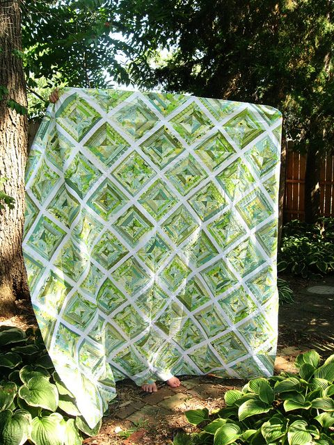 I just love this. I MUST make a string quilt.