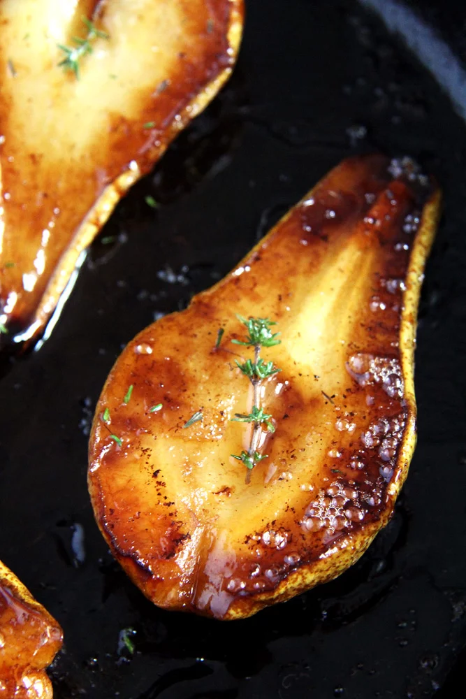 Easy Roasted Pears with Balsamic Vinegar and Honey #desertlife