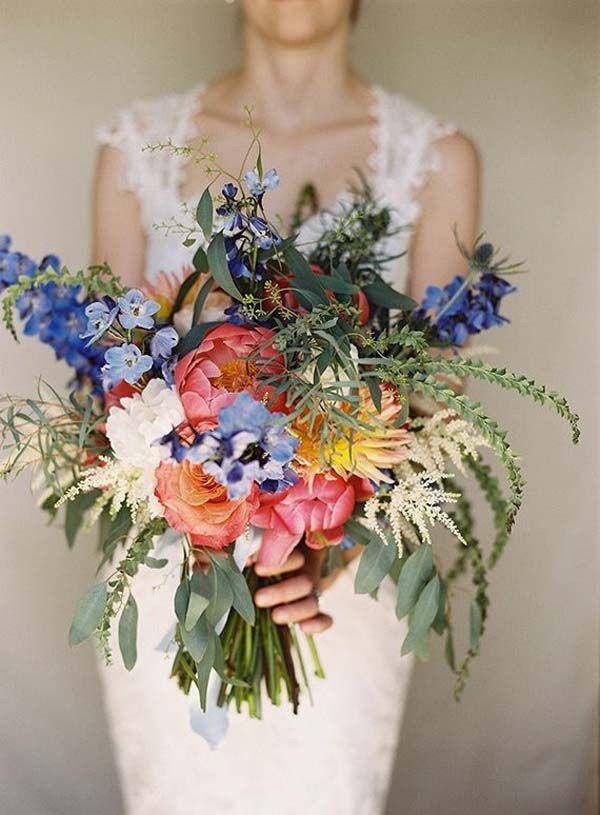 27 Stunning Wedding Bouquets For November Flower Arrangements