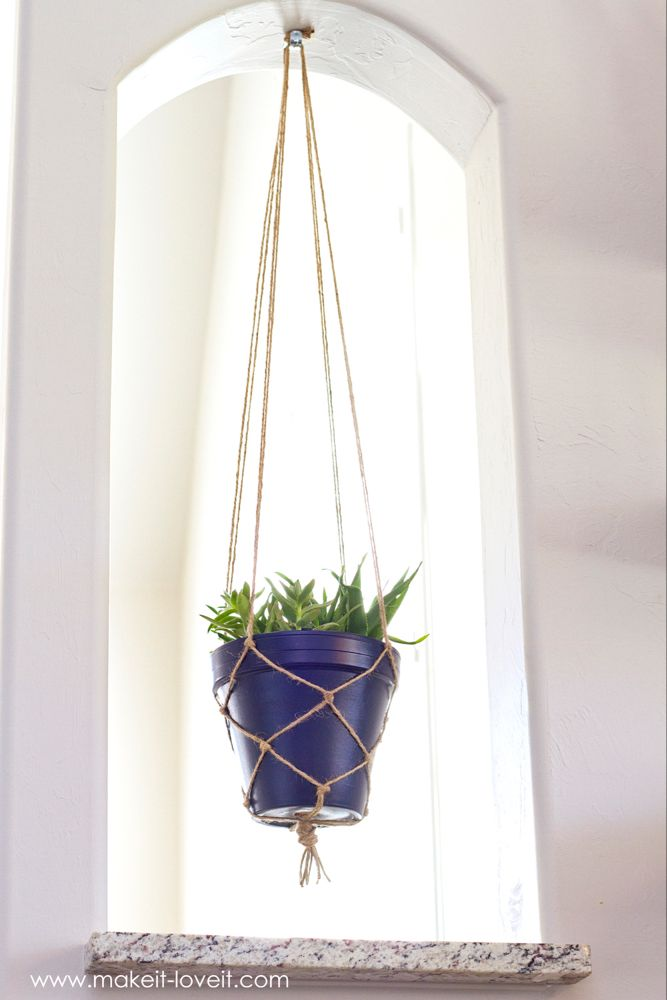 How to make a SIMPLE Rope Plant Hanger is part of Diy plant hanger, Diy macrame plant hanger, Rope plant hanger, Plant hanger, Hanging plants, Hanging plants indoor - How to make a SIMPLE Rope Plant Hanger    a great way to fill space vertically!   via makeitloveit com