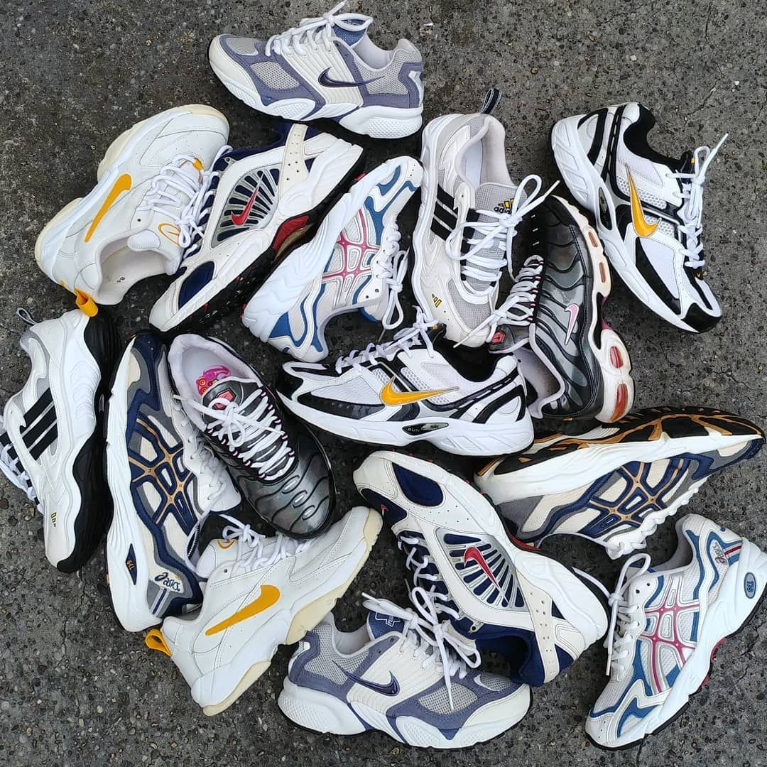 Vintage Collection Sneakers Kicks Baskets 90s nike asics
