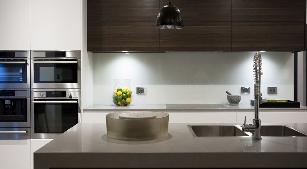 be inspired to build this large kitchen with its breakfast bar rh pinterest ca