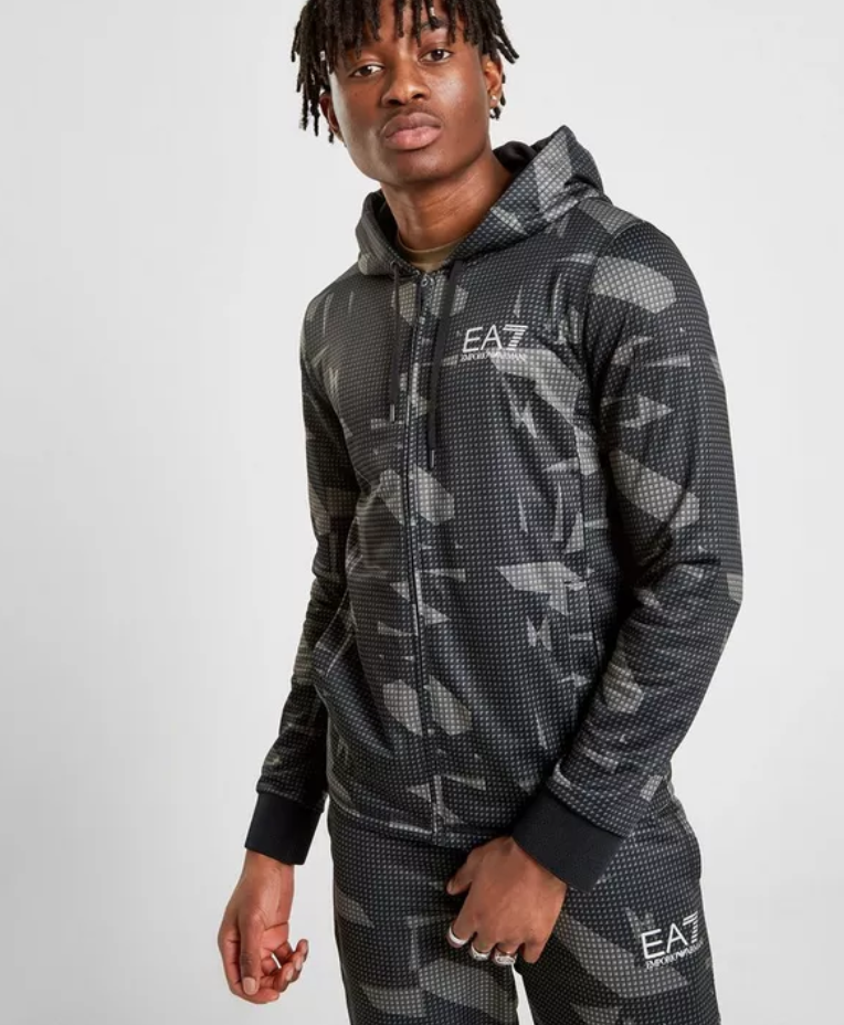 6c9f85f3 Exclusive to JD. Blend into the streets with this men's Zip Through ...