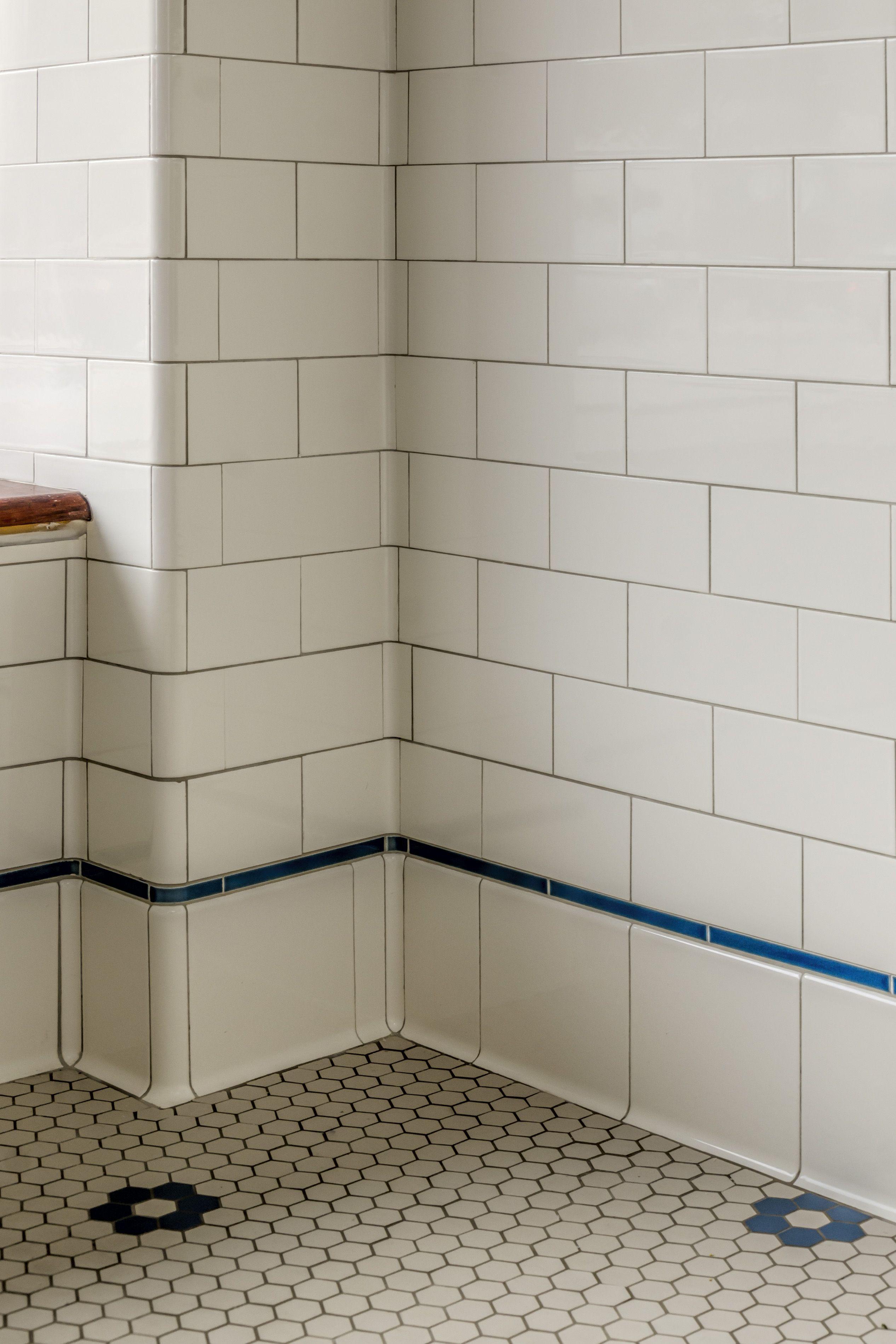porcelain tile small bathrooms pinterest bathroom tile designs rh pinterest com