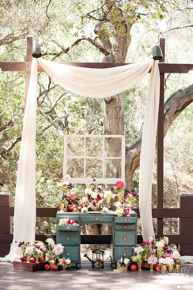 30 Rustic Backyard Wedding Decoration Ideas 30