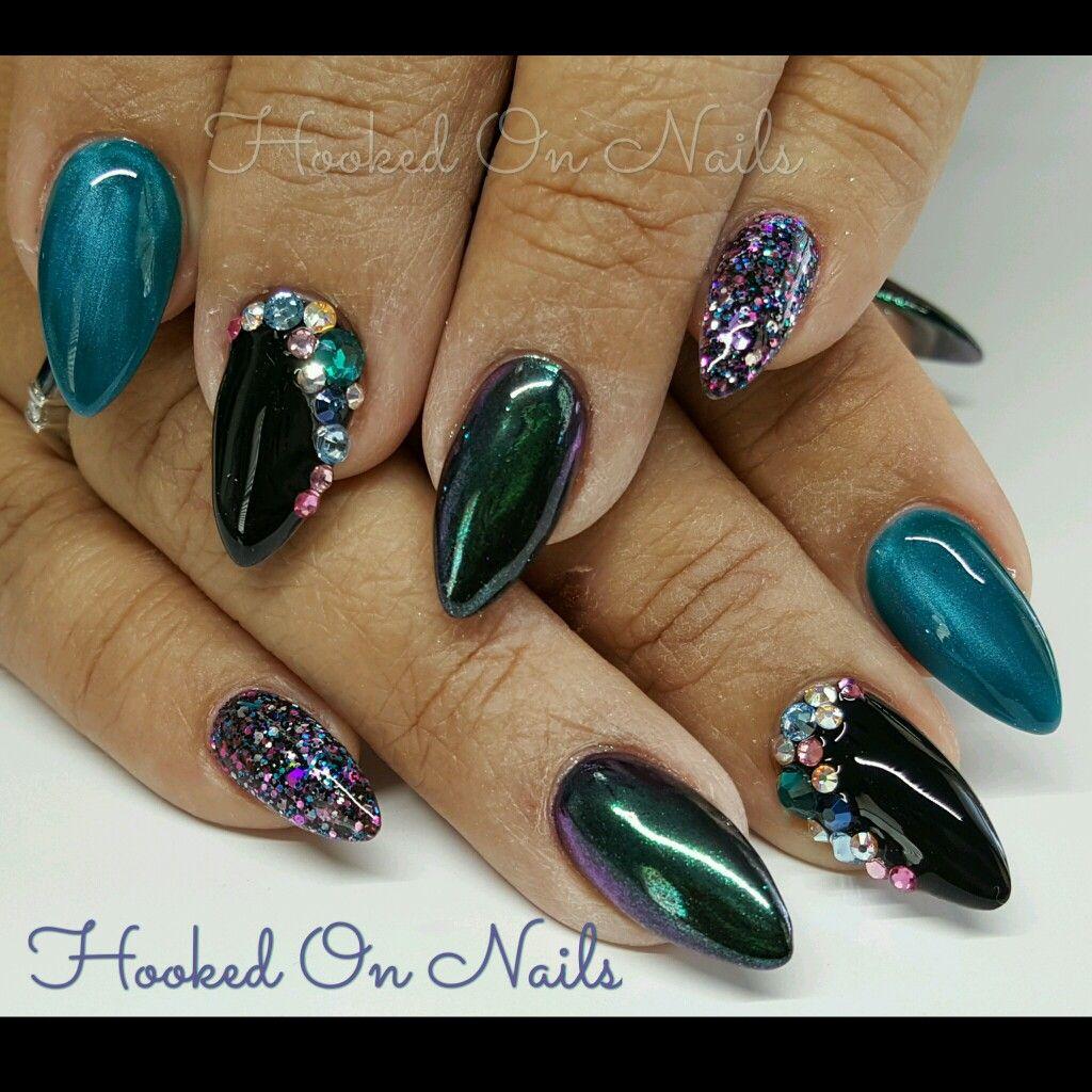 Crystal Chrome Nails: Mermaid Color Nails Chrome Nails Swarovski Crystals Almond