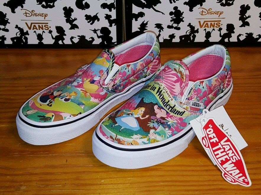 bbad8c0a99 New VANS Classic Slip on Disney Alice in Wonderland Pink
