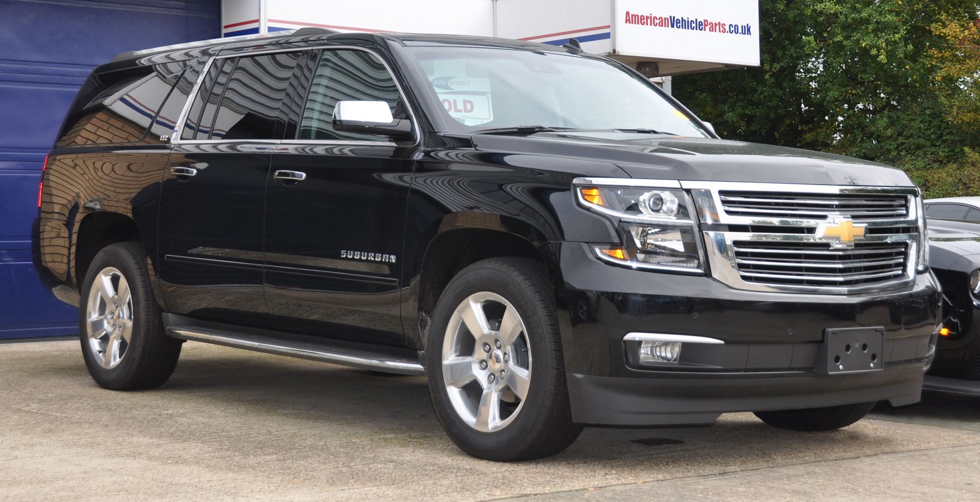 New American Vehicles For Sale In The Uk Cars Uk Chevrolet Suburban Cars For Sale