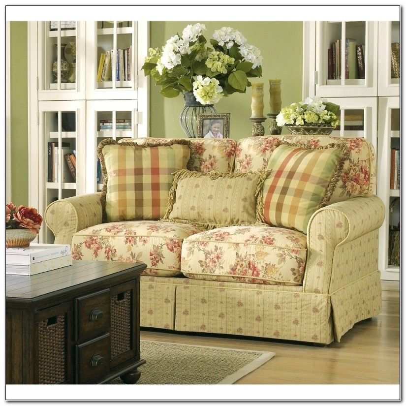 Country Style Sofas And Loveseats Cottage Style Sofa Country