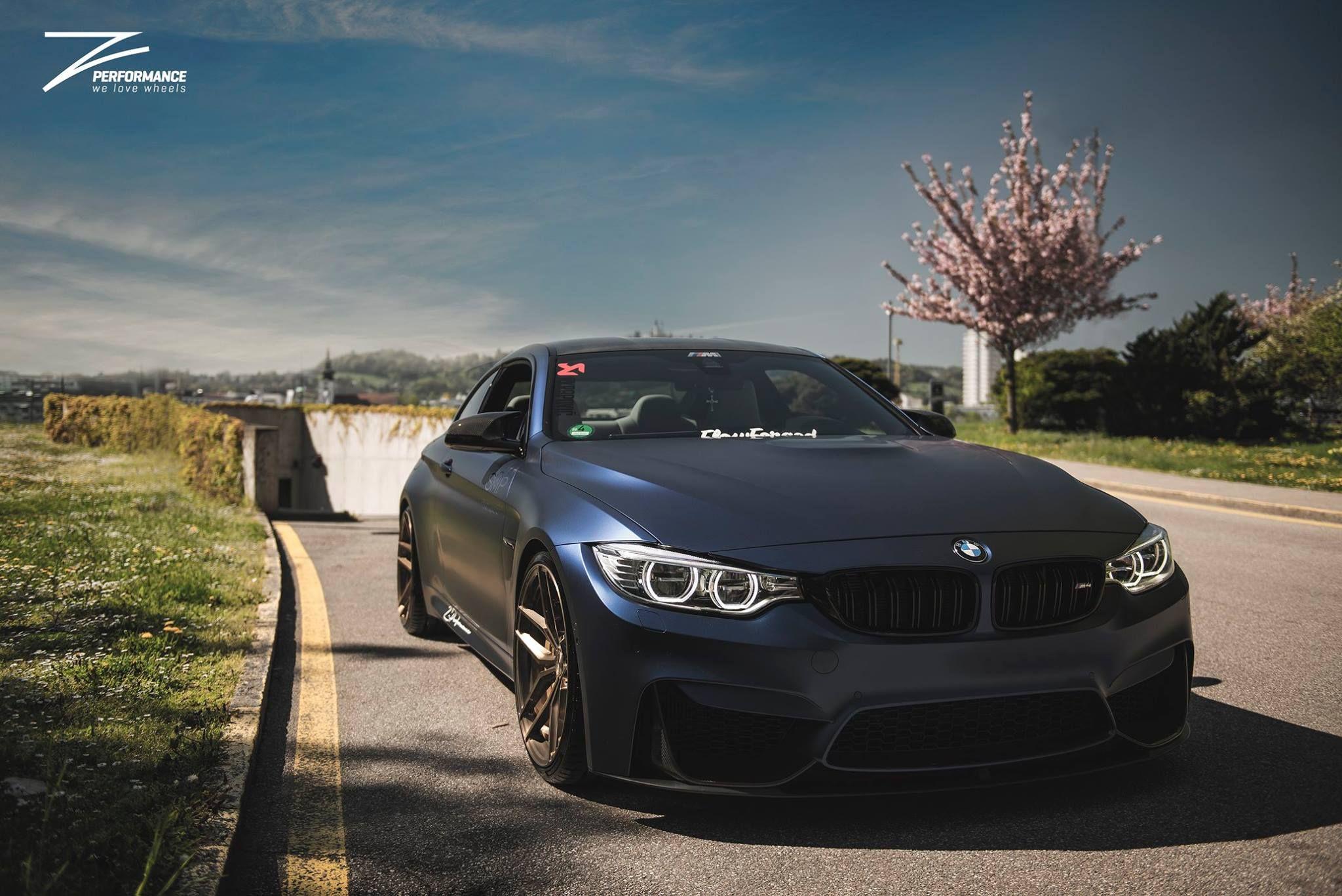 BMW F82 M4 Coupe Provocative Eyes y Hot Burn Badass