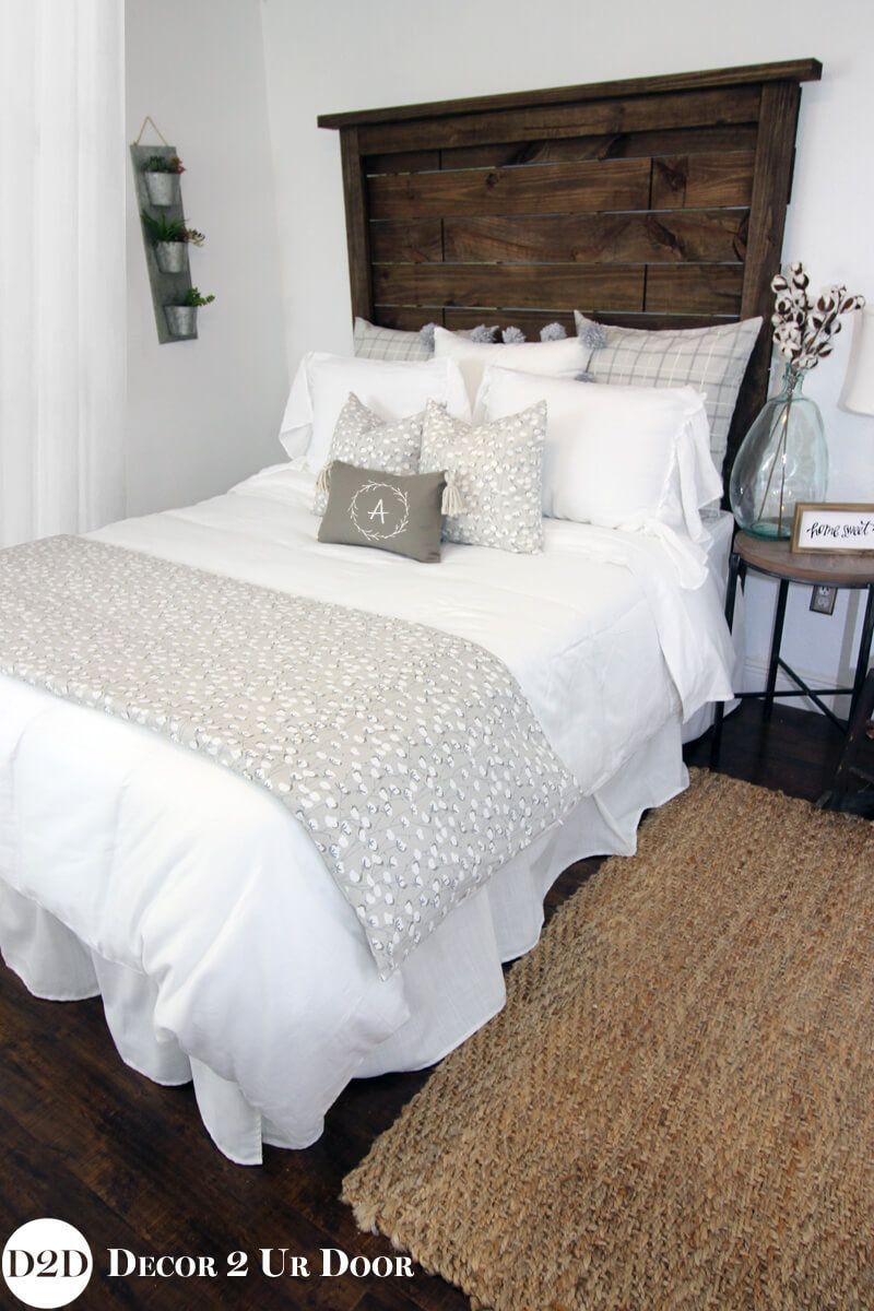 14 Fabulous Rustic Chic Bedroom Design And Decor Ideas To Make Your Space Special Rustic Chic Bedroom Chic Bedroom Decor Living Room Decor Rustic