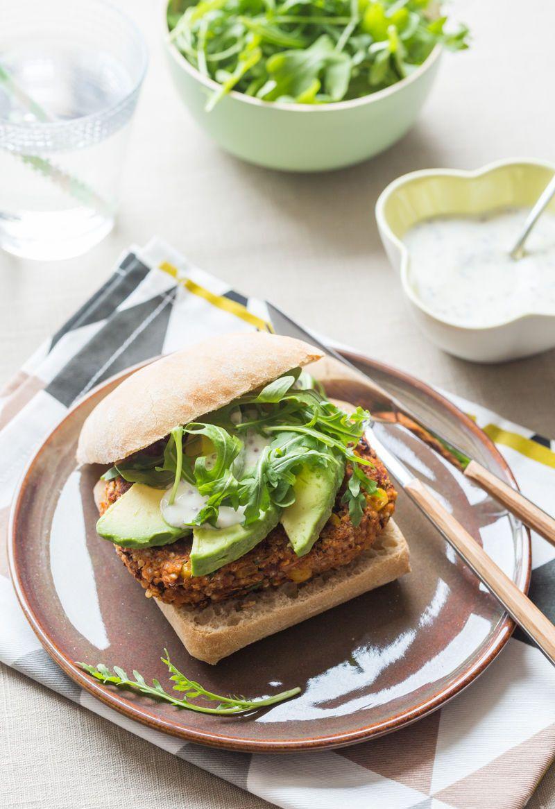 Veggie Burger au Quinoa, Haricots rouges & Maïs | Recette ...