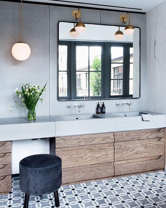 épinglé par Mikal Kelly Foushée sur Bathrooms Pinterest