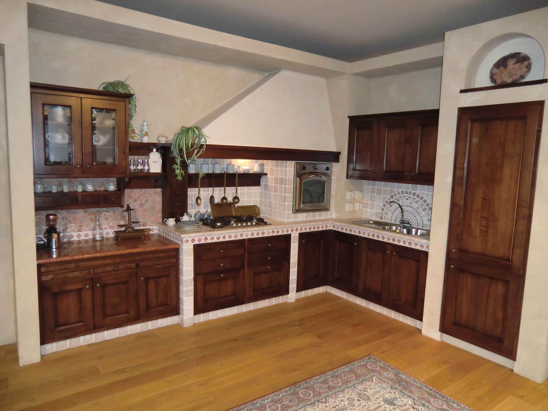Risultati immagini per cucine rustiche o in muratura | arredo casa ...