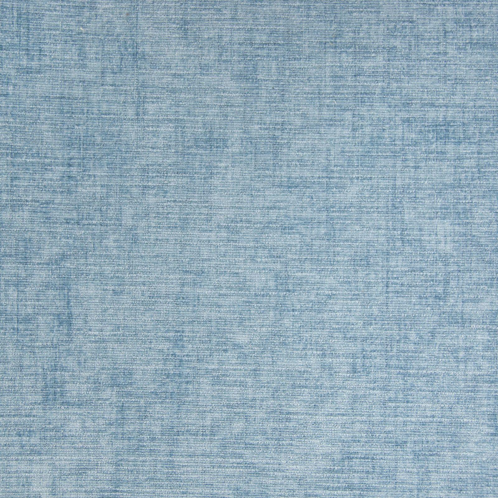 Chenille powder blue medium