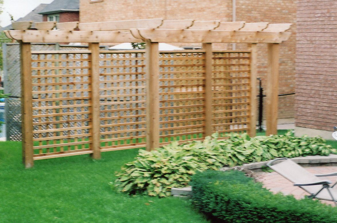 Freestanding Lattice with Pergola 2 | Garden Structures for Privacy ...