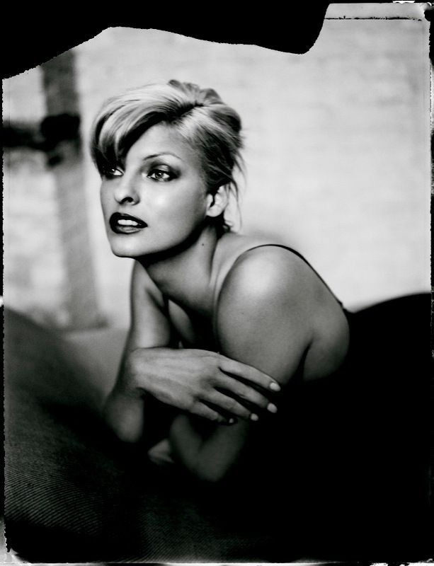 Patrick Demarchelier Linda Evangelista, November 1994