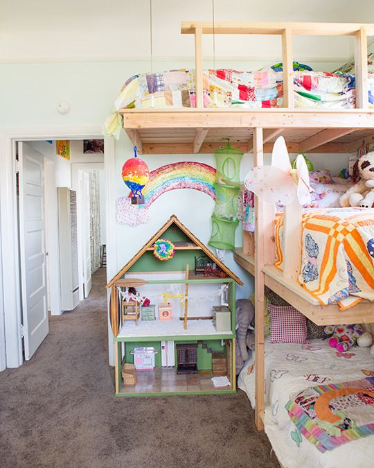 The Figgle Familyu0027s Cozy First Home @Rachel Cunningham. 3 Bunk BedsBunk ...