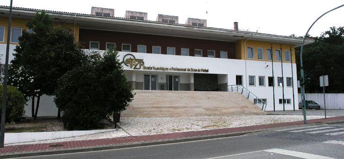Escola Tecnologica P. Zona Pinhal - Google Search
