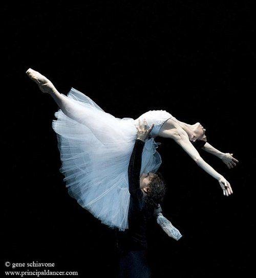 "Natalia Osipova and Ivan Vasiliev, ""Giselle"""