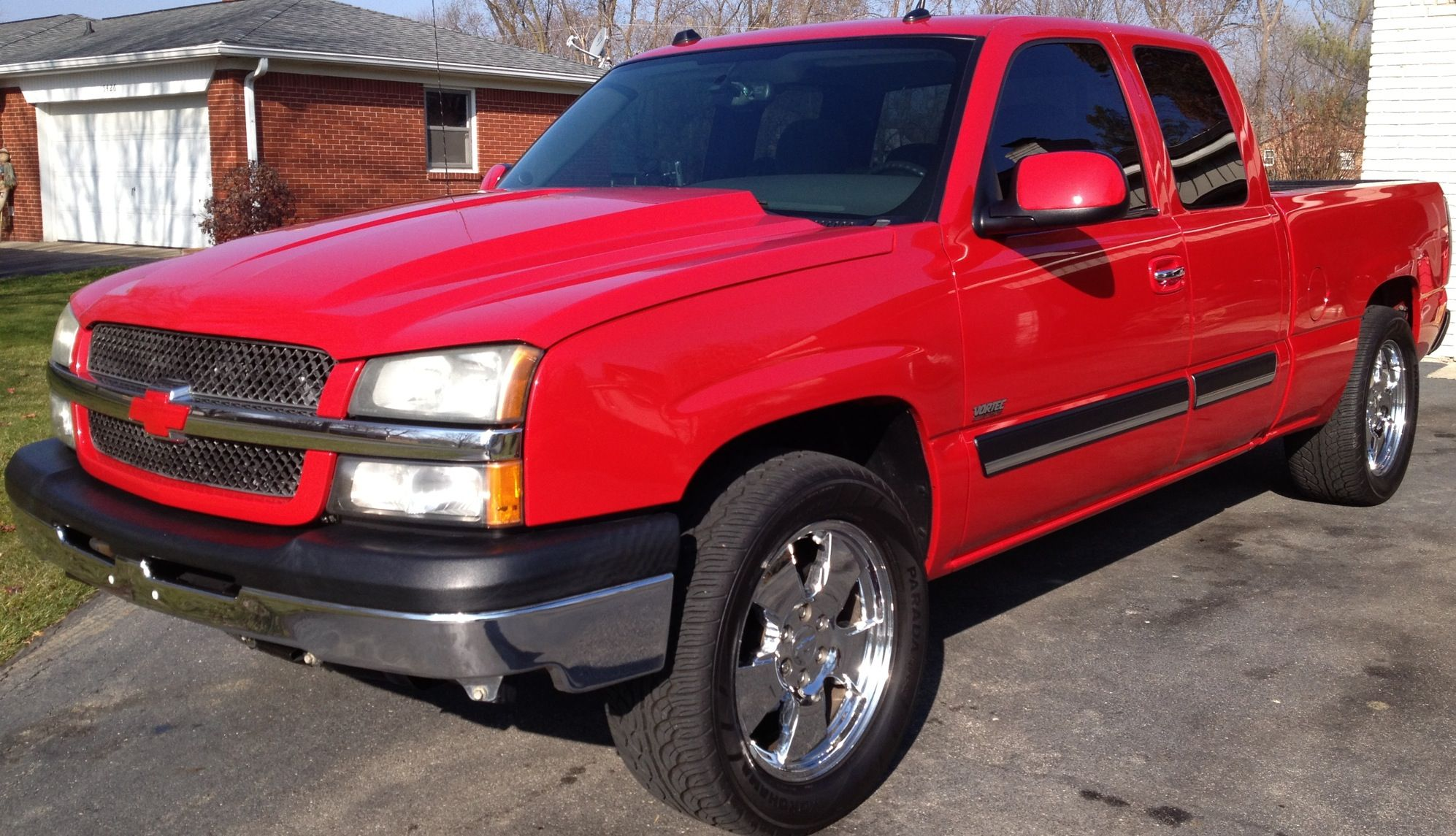 Hood S On Mirror Caps Color Matched Red Bowtie For Now Oem Escalade Door Handles 15 Window Tint 305 50r20 Yok Tinted Windows Chevy Trucks Chevy Silverado