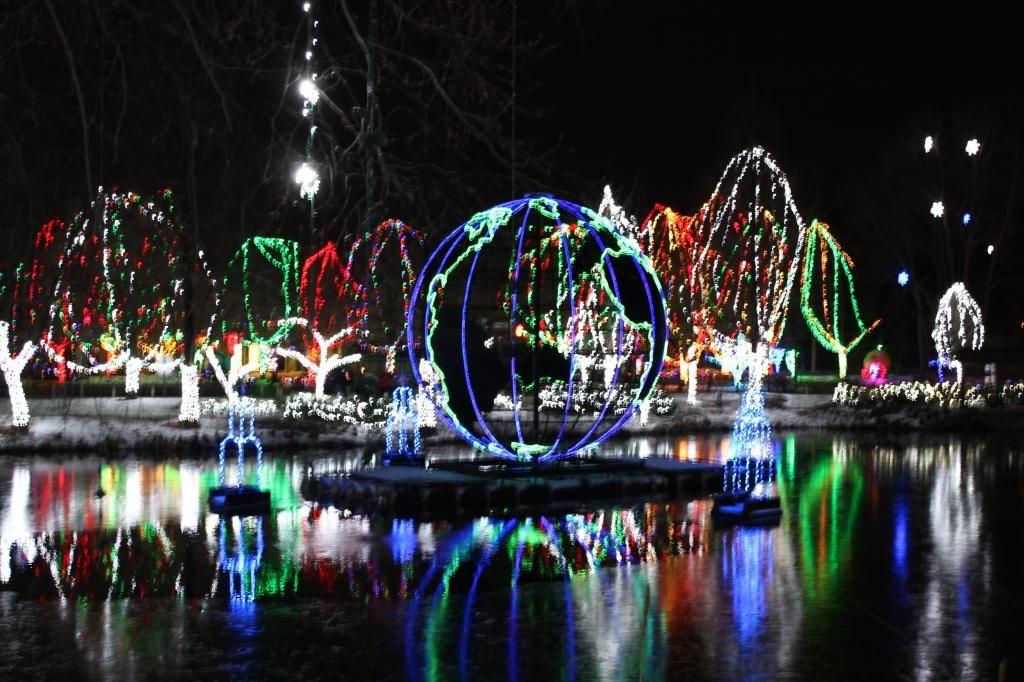Something fun to do in Ohio- Columbus Zoo Wildlights- enjoy the ...