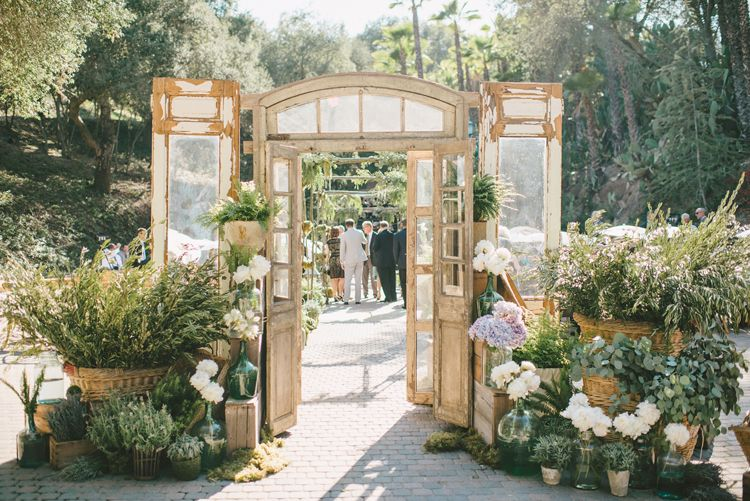 SoCal Rancho Las Lomas Wedding with Sargeant Photography Inviting Occasion and unique rustic doors & SoCal Rancho Las Lomas Wedding with Sargeant Photography Inviting ... pezcame.com