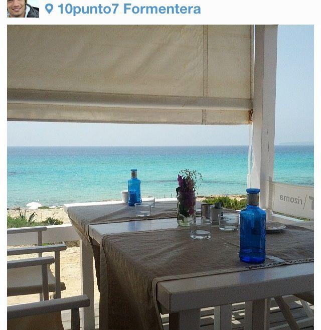Formentera, colazione pranzo e cena li vorrei fare sempre seduta in questo tavolo...