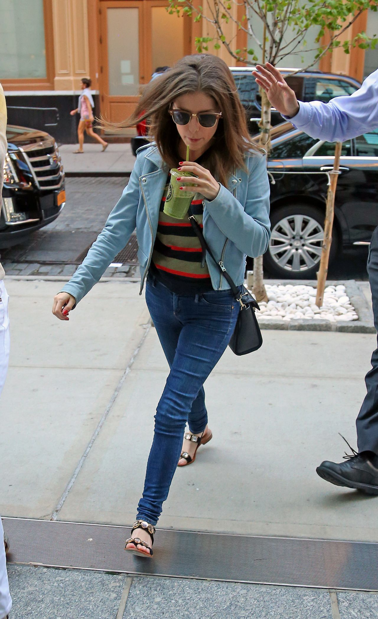 Awesome anna kendrick street style out in new york city august awesome anna kendrick street style out in new york city august 2015 voltagebd Images