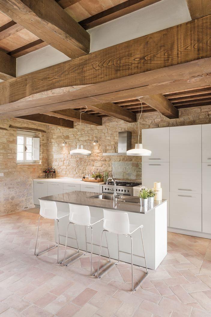 cucina con travi a vista - Cerca con Google | Wood ceilings ...