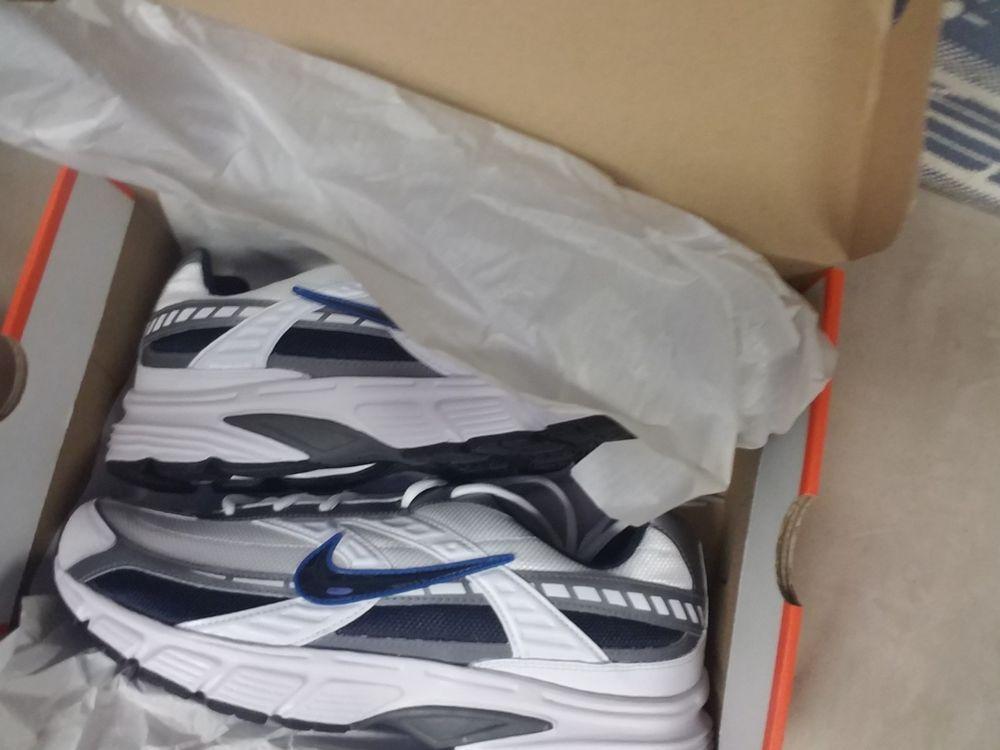 Nike Initiator Size 13 Wide Men's Shoe