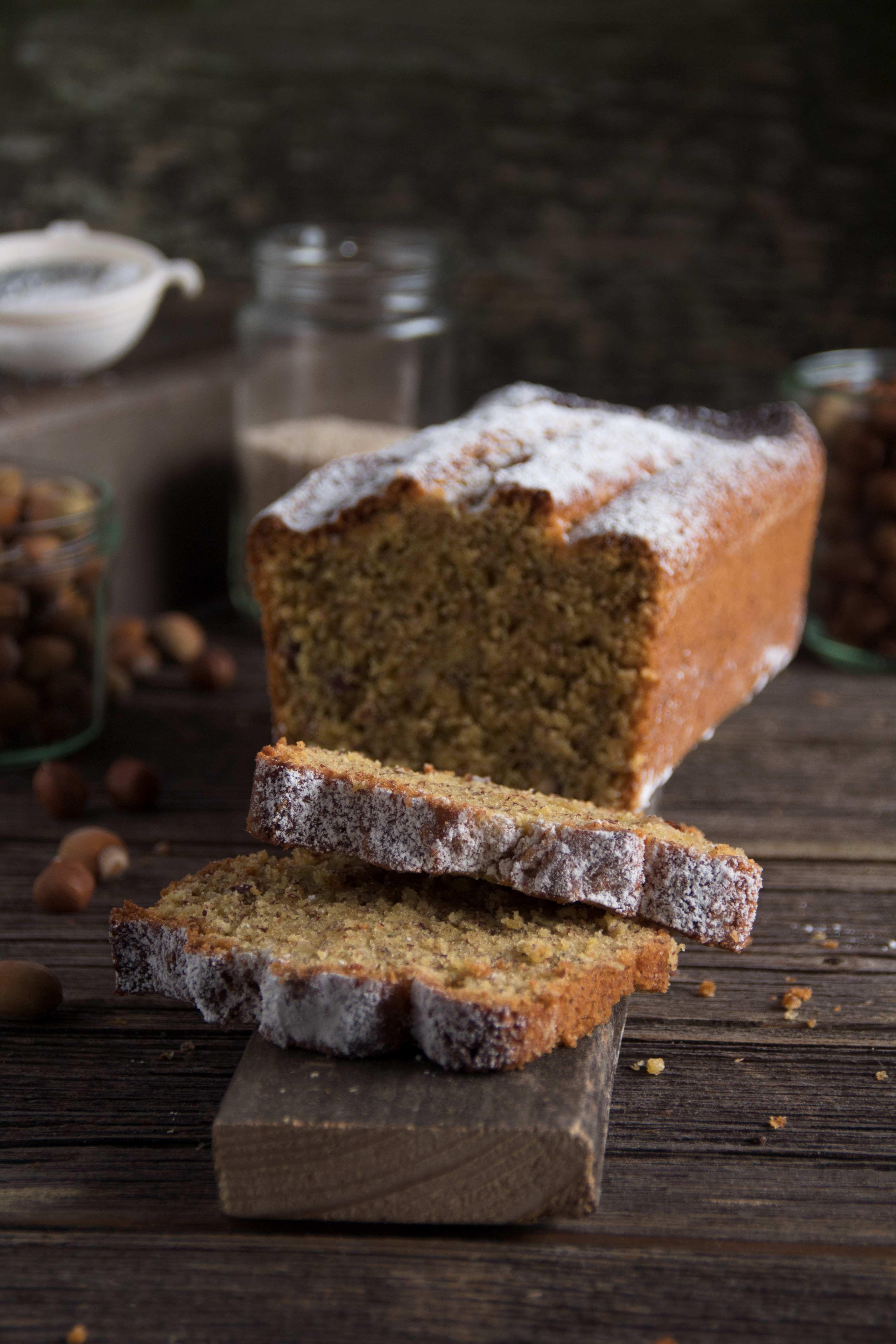 Saftiger Nusskuchen Ein Leckeres Rezept Fur Den Kalten Herbst Winter Saftiger Nusskuchen Nusskuchen Und Winter Kuchen