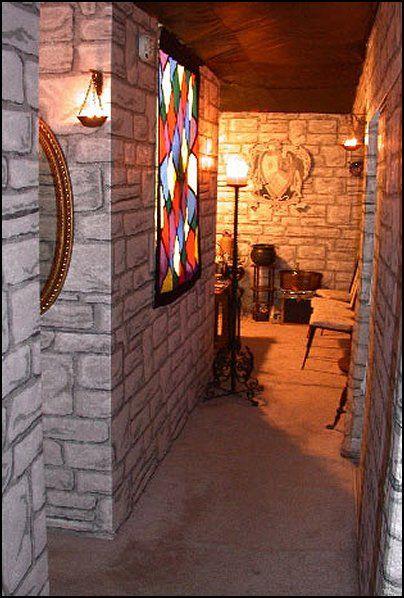 hogwarts castle decorating ideas after prom pinterest d coration harry potter deco salle. Black Bedroom Furniture Sets. Home Design Ideas