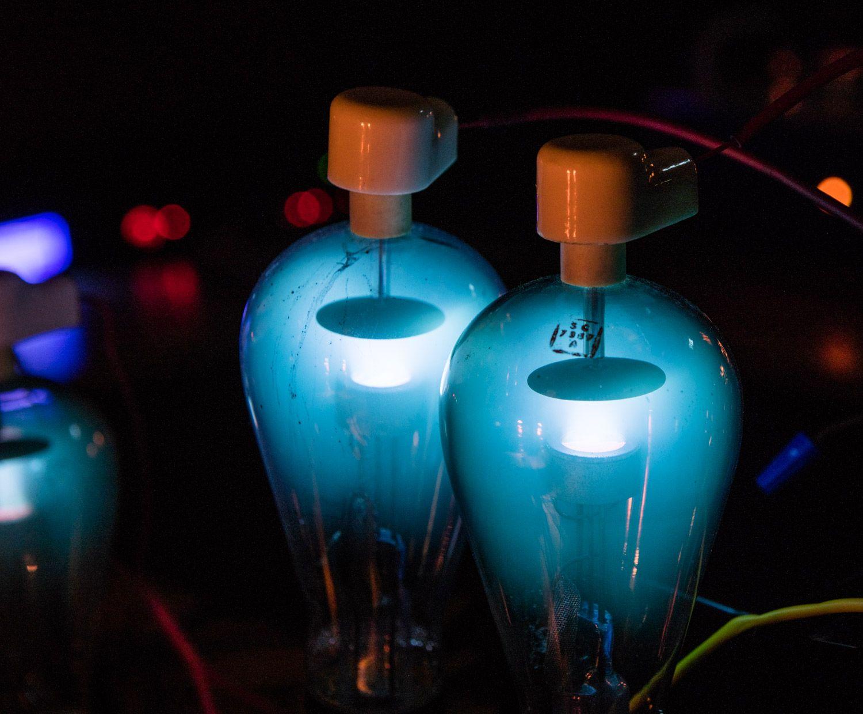 Mercury Vapor Rectifier Tubes Usedin High Voltage Applications Lava Lamp Perfume Bottles Novelty Lamp