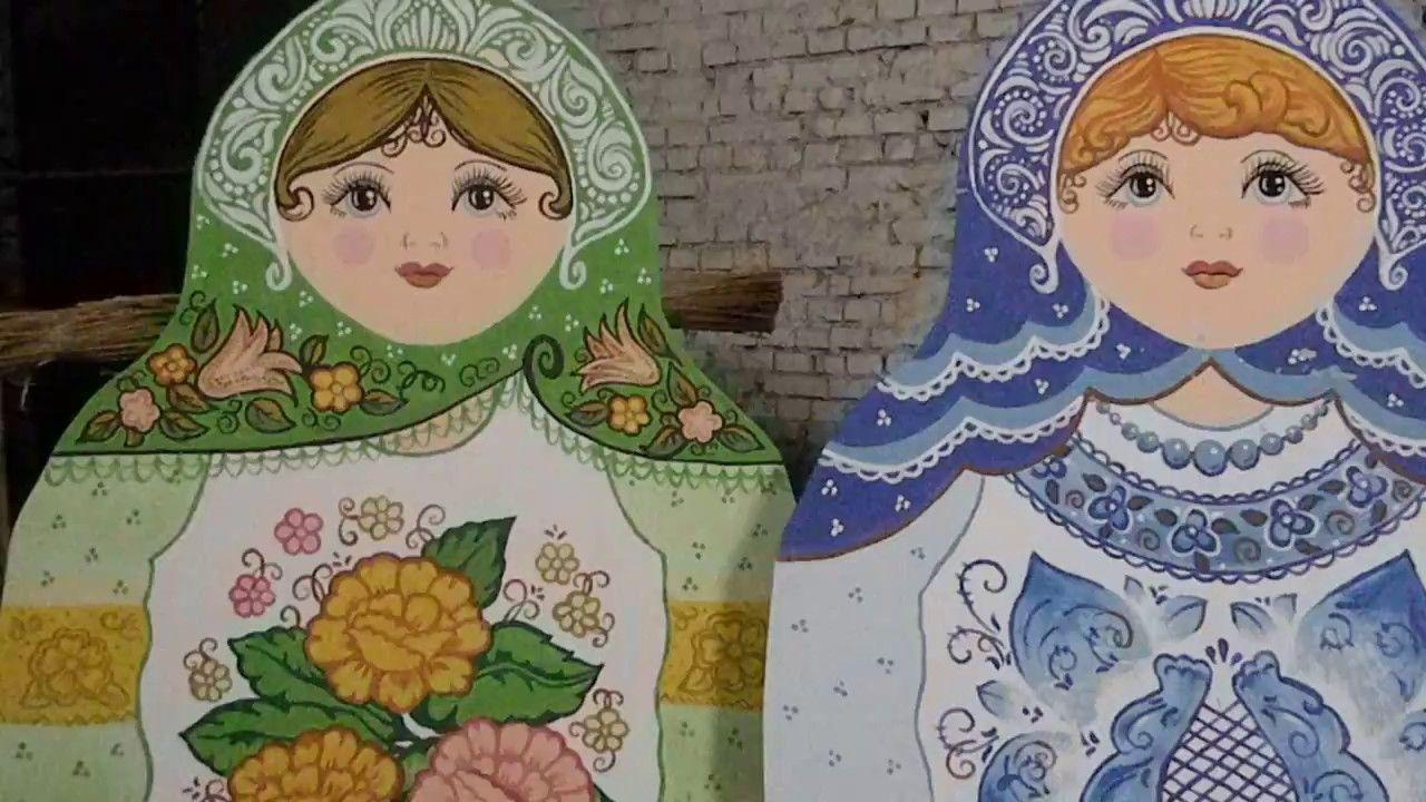 Elena Belenko Hudozhnik Narisovannye Matryoshki Dlya Maslenicy Gdk