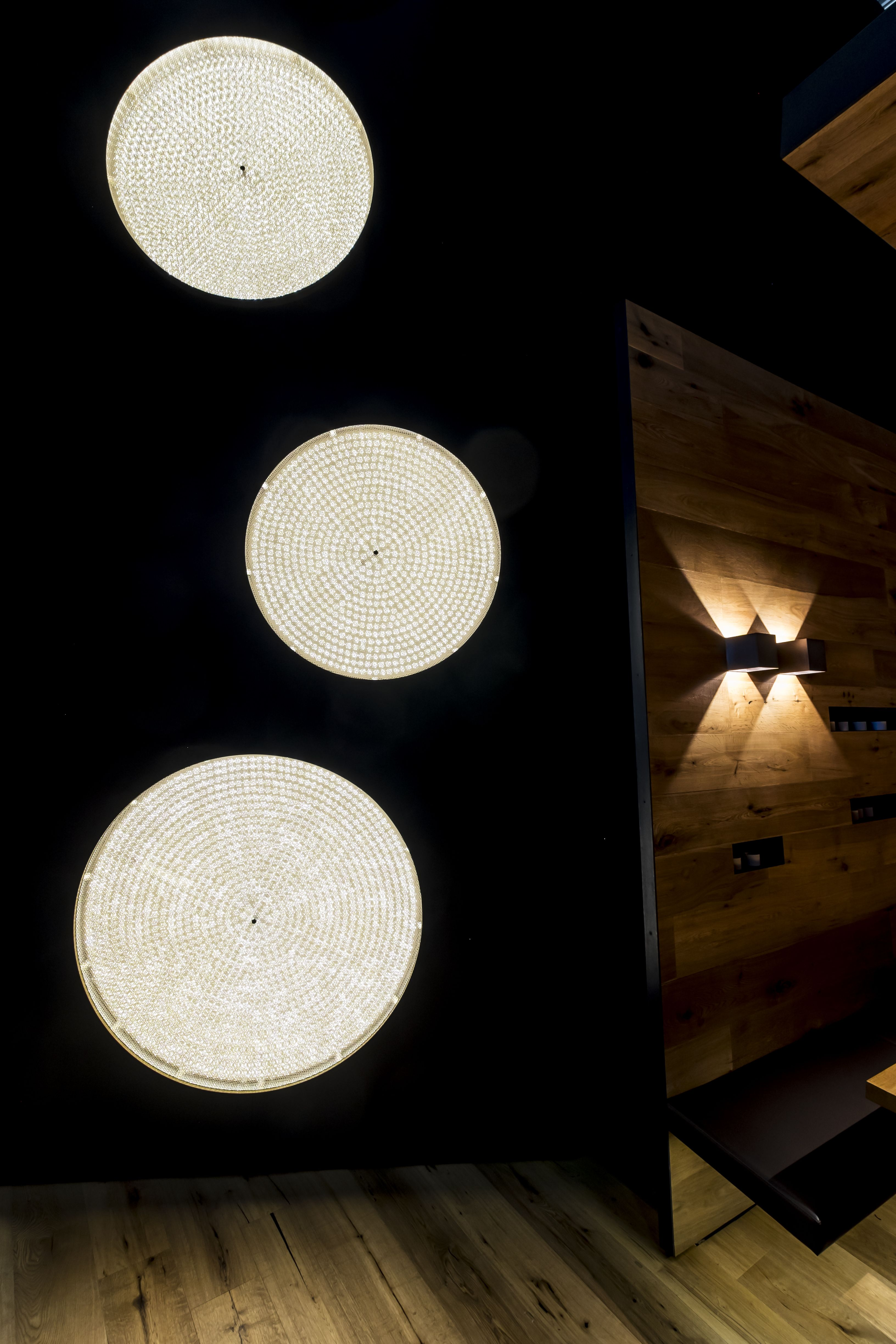 Create distinctive ambiances with a perfect lighting concept