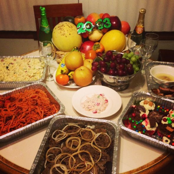 Pin By Noelle Louise On Food Recipes New Years Eve Food Food Dishes Food