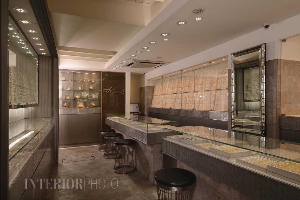 Jewelry Store Counters