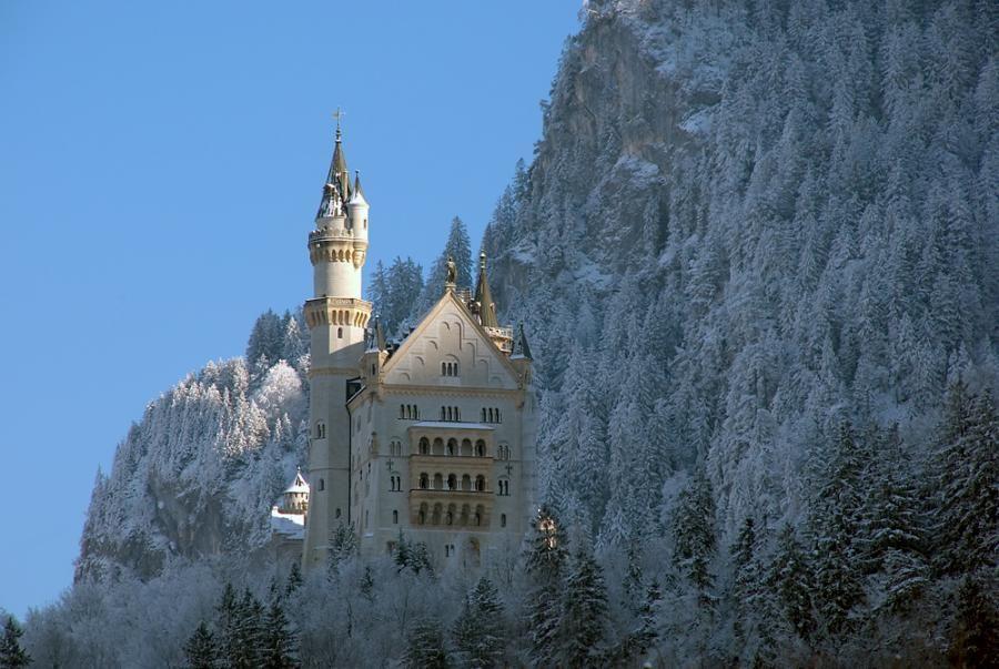 Noyshvanshtayn Castle