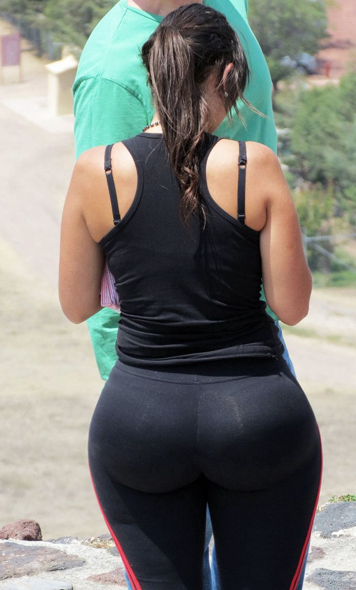 Latina wide hips ass