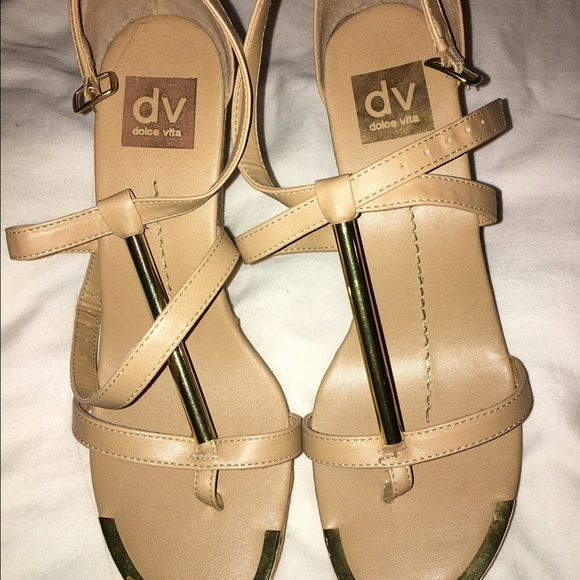 Dolce Vita wedges Worn few times Dolce Vita Shoes Wedges